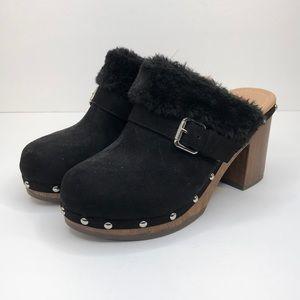 UNIONBAY Black Faux Fur Lined Suede Mules Clogs